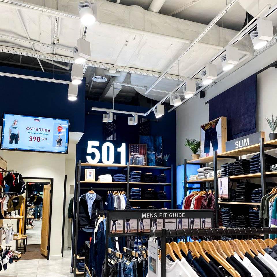 Магазин Levi's (ТРЦ River Mall)